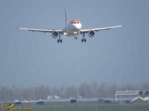 Airbus A320-214 – EasyJet