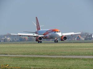 Airbus A320-214 – G-EZOR – EasyJet