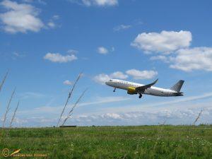 Airbus A320-214 - EC-LVP Vueling