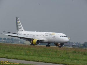 Airbus A320-216 – EC-KCU Vueling