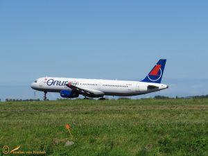 Airbus A321 – TC-ONS Onur Air