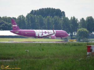 Airbus A321-211- TF-GMA WOW AIR
