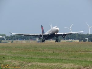 Airbus A330-223 - N852NW Delta Air Lines