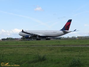 Airbus A330-300 – N829NW Delta Air Lines