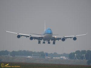 Boeing 747-406(M) – PH-BFE KLM