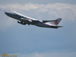 Boeing 747-4R7F(SCD) – LX-UCV Cargolux
