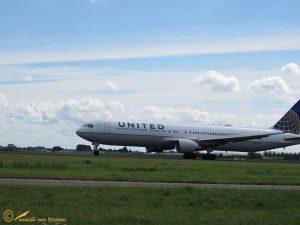 Boeing 767-300 – N655UA United Airlines