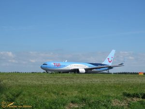 Boeing 767-304(ER) – PH-OYI TUI Airlines Netherlands