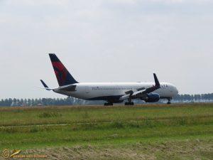 Boeing 767-3P6 – N1501P Delta Air Lines
