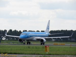 Embraer ERJ-190STD - PH-EZA KLM cityhopper